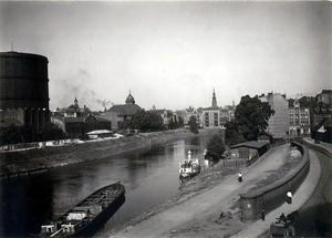 Widok z Czartorji na miasto