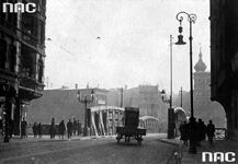 Most Chwaliszewski - wóz z reklamą