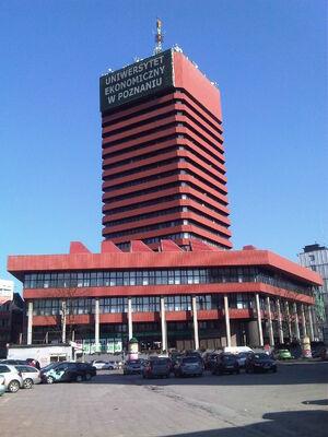 Uniwersytet Ekonomiczny w Poznaniu - Collegium Altum 01