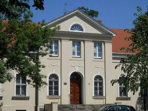 Dom-zakonny-Franciszkanek