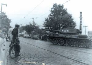 Czerwiec 56 czołg na ulicy
