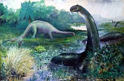 Ilustración de Brontosaurus en el agua, y Diplodocus en tierra.