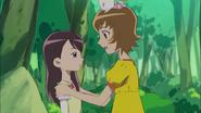 Itsuki logra salvar a Naomi antes de que resbale