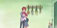 HuPC01.4-Hana abrazando a su madre