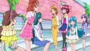 Megumi le dice a Haruka que crea en el poder del b