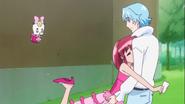 Megumi abraza a Blue