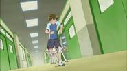 Hayashi sale corriendo del lugar
