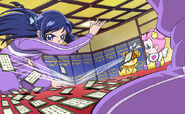 Rikka juega con cartas