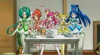 Precure 5 pose in Natts House