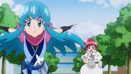 Hime huyendo de Megumi