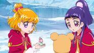 132. Mirai y Riko observando la nueva forma de Ha.