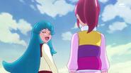 Hime diciendole a Megumi, que ella tambien quiere probar comida hecha por su madre