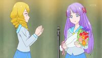 STPC41 The students thank Madoka for being their student council president