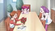 YPC5GG38 - Rin explains blue roses