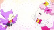 Pafu y Aroma invocando el Princess Palace-1-