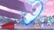 HuPC02.74-Cure Ange utilizando su ataque la Pluma Corazon como escudo