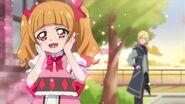 Emiru admira a las Pretty Cure