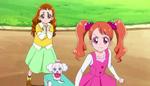 KKPCALM03 Ichika and Himari notices Hotto (44)