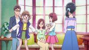 Los padres de Nodoka se alegran de que ella tenga amigas