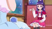 Riko usa magia para descongelarla