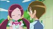 Tsubomi le devuelve la medalla a Hayashi por su valor