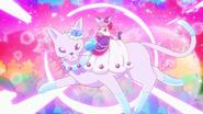Cure Macaron A la Mode Style en el gato de cristal