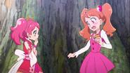Ichika conoce a Sakura