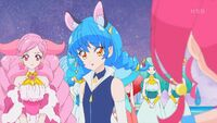 STPC32 Yuni stares at Hikaru worringly