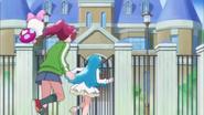 Megumi hime y ribbon entrando en la base del reino azul