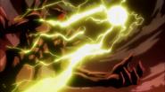 Alabarda Dragón transformando al rey egoísta en una piedra
