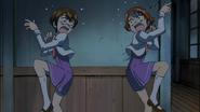 Rin y matsuko asustadas