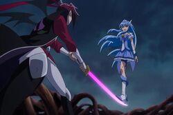 Cure Beauty peleando con Momotarou