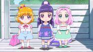 Mirai, Riko y Kotoha de niñas.