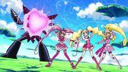 Equipo de Pretty Cure líderes con la misma pose
