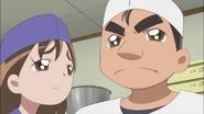 Masahiro se molesta porque su padre no acepta sus bollos de judías
