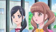 Chiyu y Hinata al saber de la salud de Nodoka