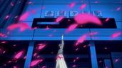 El Hombre Misterioso desapareciendo con su ventisca de flores
