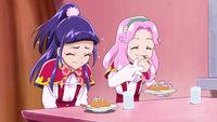 MTPC50 Kotoha and Riko eating their cakes