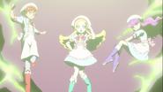 Akira, Ciel y Yukari salen del fuego fatuo
