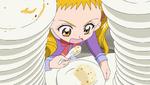 YPC512 Urara eating