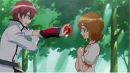 Yuko se acerca a Phantom