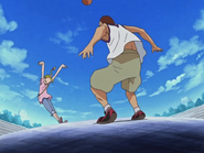 Hikari lanza canasta encesta