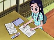 Honoka estudiando parciales