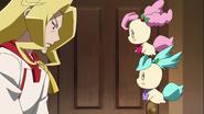 Kirarin y Pikario conocen a Jean-Pierre