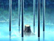 Terreno luminoso rodeado de seis pilares