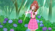 Haruka tocando su Violin