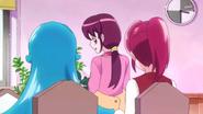 Kaori les pregunta si no olvidan algo