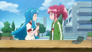 Hime ayuda a Megumi