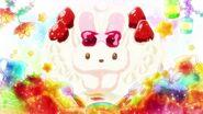 Pastel de fresa de conejo de Ichika