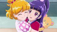 Las chicas celebran que Riko no sera expuksada